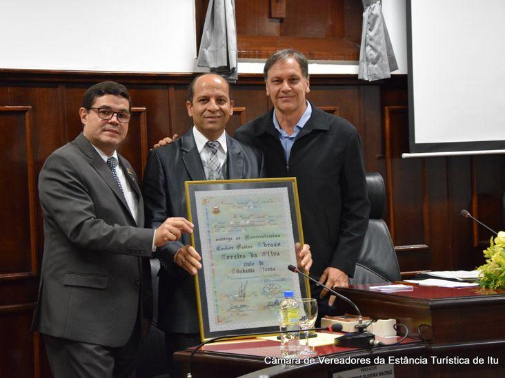 Pastor Abraão Moreira recebe Cidadania Ituana